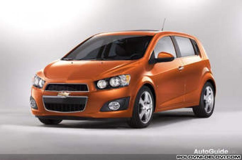 Delovi Chevrolet Aveo 2012 Karoserija
