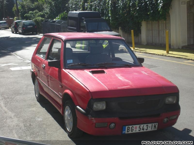 Delovi Yugo Koral In L 1 1 Peugeot Motor Kompletan Auto U Delovima
